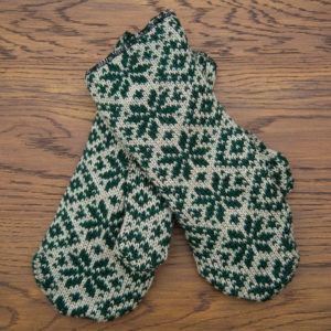 Tan/Green Snowflake Wool/fleece mitten